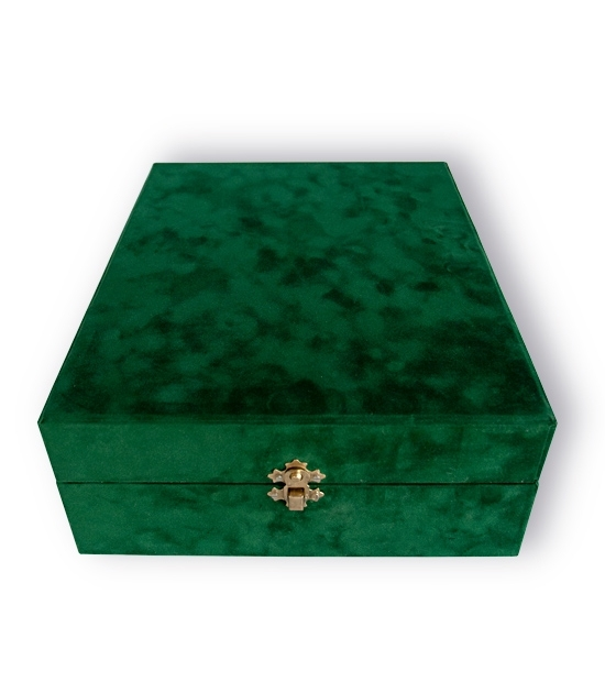 Closed handmade Absinthe Gift box - silky green finish. Unique birthday gift to be remembered.