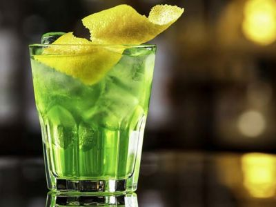 How To Make 5 Amazing, Easy, And Perfect Absinthe Cocktails
