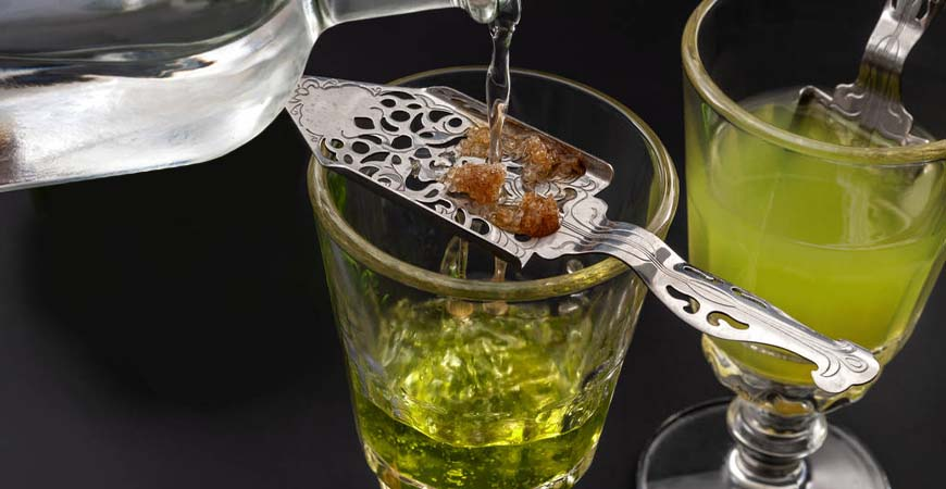 How to Drink Absinthe - From the Traditional Absinthe Ritual to Cocktail Recipes
